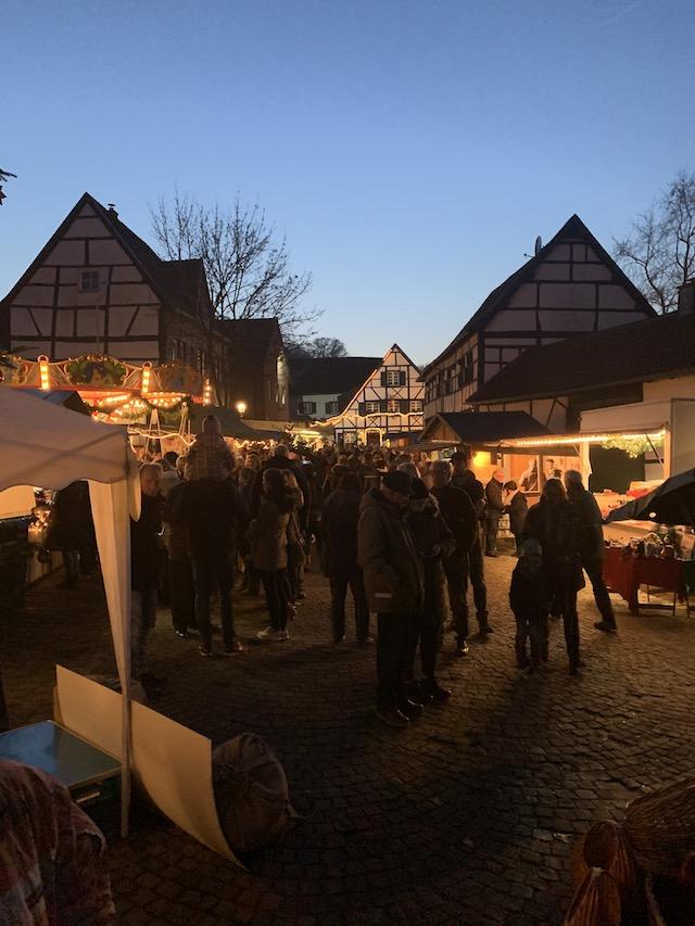 weihnachtsmarkt-in-liedberg-2